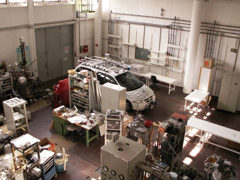 A view of our laboratory at FU Berlin