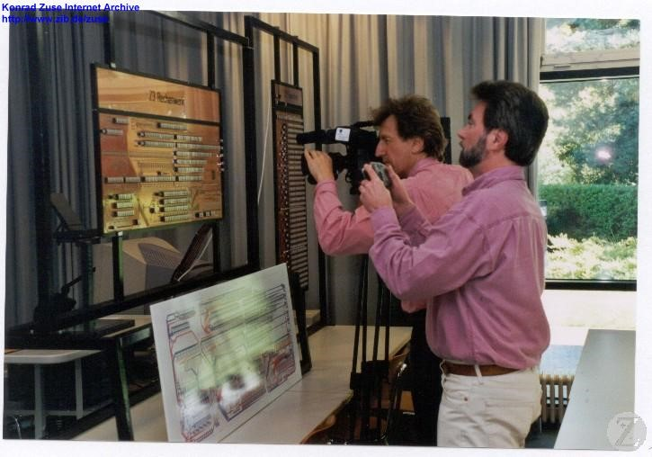 Journalists taking pictures of the Z3 reconstruction during the event in 2001